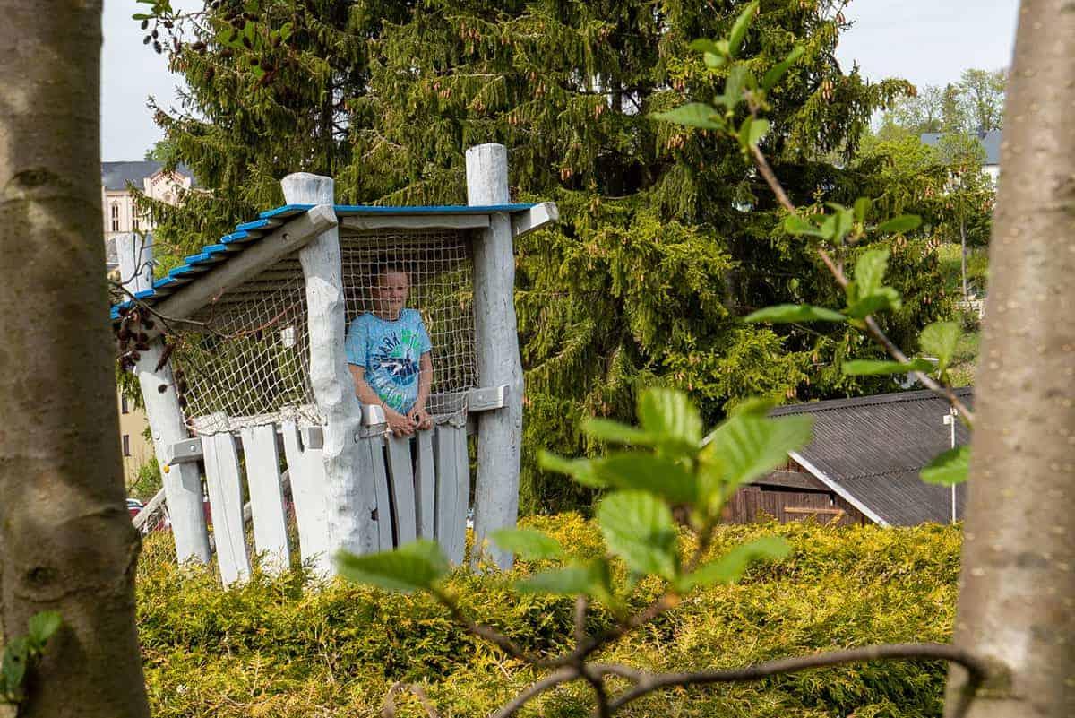 Turm im Irrgarten bei Wurzelrudis Erlebniswelt in Eibenstock ©WR