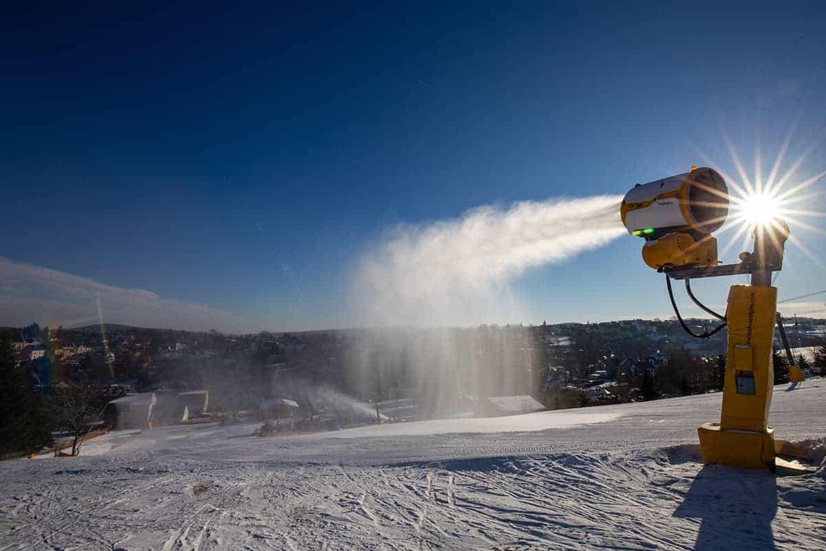 Beschneiung mittels TF10 in der Skiarena Eibenstock ©WR